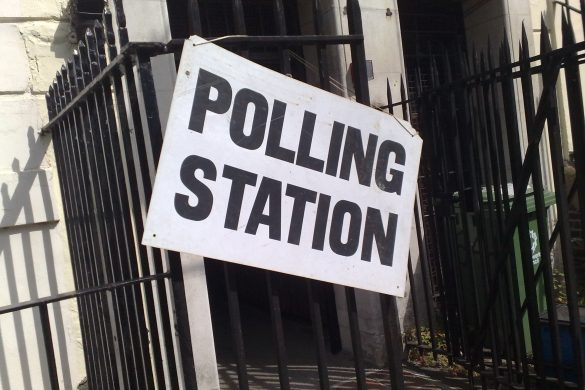 https://commons.wikimedia.org/wiki/File:UK_polling_station_sign.jpg